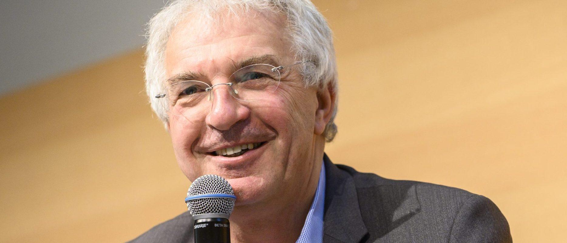 Gilles Bonnefond, « Les Français demandent à être vaccinés contre la Covid par leur pharmacien